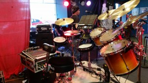 Jeremy Sibson's hybrid kit at the Queen's Head Hotel